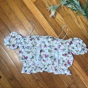 Topshop Eyelet Floral Print Crop Top Blouse size 4